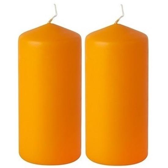 2x Stompkaarsen oranje 20 cm